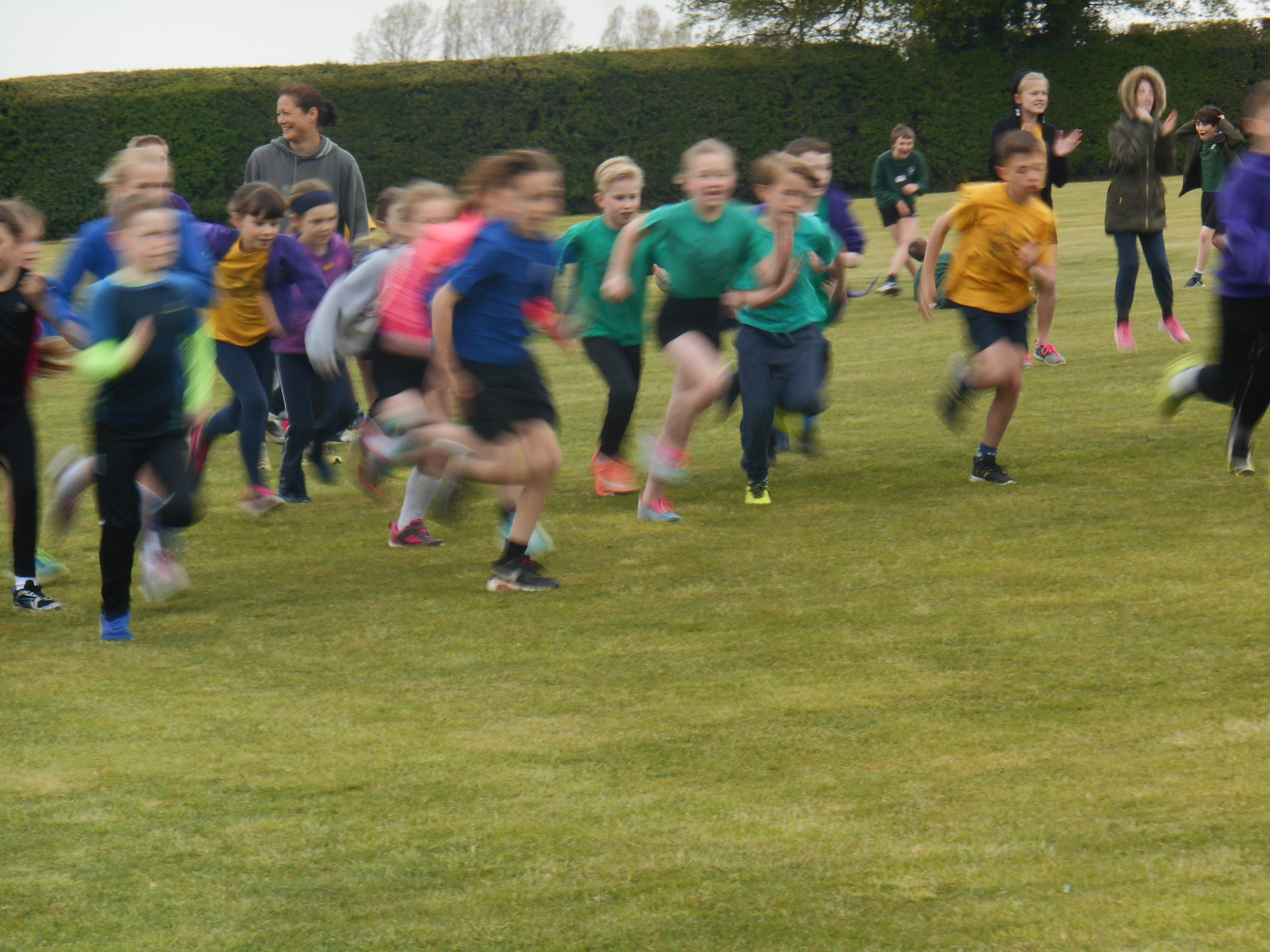 And they're off - Yr 4